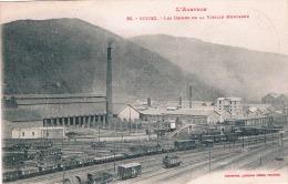 FRANCE  C.P.A 12 AVEYRON   VIVIEZ  Usines De La Vieille Montagne (en L´état) - France