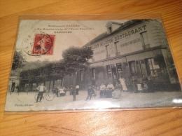 """VAUJOURS, Restaurant Feldès, """" Au Rendez Vous De L'ecole Fenelon"""" ( Etat Moyen !!!) - Altri Comuni"""