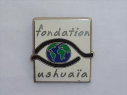 Pin's FONDATION USHUAIA