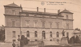 Arlon-l'Hotel De Ville.(politieagent Op Voorplan) - Polizia – Gendarmeria