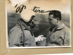 Photo Originale - PILOTE AVION .   BRETIGNY ; Base Aérienne Militaire , KOSTIA ROSANOFF  Et Son Mécanicien  EN 1952 - Aviation