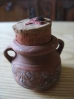 Petit Pot En Terre Avec Anses Et Bouchon Liège - Arte Orientale