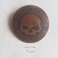 Badge / Pin ZN000947 - Harley Davidson Motorcycles - Motorbikes