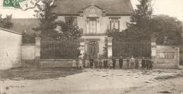 Cpa Fresnay L'eveque La Mairie - Otros Municipios
