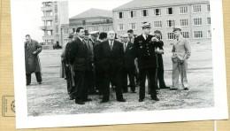 Photo Originale -  BRETIGNY-sur-ORGE , Le Général Louis  BONTE  , PIERRE  MONTEL Secretaire D´état En Visite En 52 - Aviation
