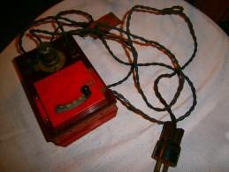 ANCIEN TRANSFO HORNY MECANO PARIS    BAKELITE ET FER - Elektrische Artikels