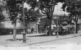 411Po   84 Pertuis Place Du 4 Septembre Café Thomas (vue Pas Courante) - Pertuis