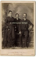 Photo Cabinet Vers 1880 -famille Américaine En Habits Du Dimanche-mode-mitaines-photo Herstein- Nashville- Tennessee - Fotos