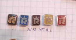 Royal Shirting (Srrbia) Yugoslavia / Chemises Royales Crown, Krone Shirts /  LOT Of  Pins - Badges