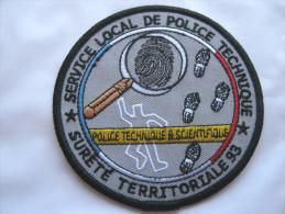 RARE INSIGNE TISSUS PATCH POLICE NATIONALE LE SLPT POLICE TECHNIQUE EMPREINTES DIGITALES DU 93 EN SUPERBE ETAT - Police & Gendarmerie