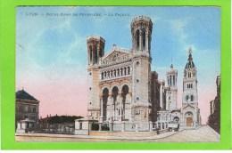 Lyon.-Notre-Dame De Fourviere.-La Fa�ade.  door Clemence Pontet vrouw van E Pontet dir theatre royal d�anvers