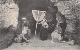 Métier-LA VIE à LA MER Il S'est Endormi  (Pêche  Pêcheurs Enfant Haveneau) N°34*PRIX FIXE. - Pêche