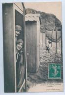 """88. BAIGNEUSES - Sur Les Bords De L'Océan - A L'Abri Des Regards Indiscrets - """" Coucou """" - Cartes Postales"""