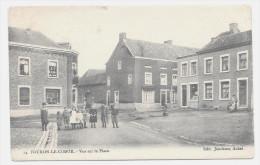 E3832 - FOURON - LE - COMTE  -  Vue Sur La Place - Voeren