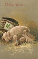 """COCHONS - PIG - Jolie Carte Fantaisie Gaufrée Cochons Dans La Paille De """"Bonne Année"""" (embossed Postcard) - Nieuwjaar"""