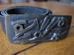 Ceinture  en cuir marine avec boucle fantaisie m�tal