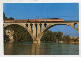 TRAIN  - AK 211935 Train à Grande Vitesse (TGV) Franchissant Le Viaduc De La Jonction à Genéve - Treinen