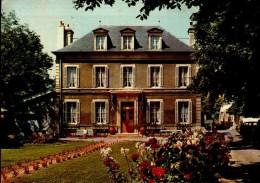 14-BERNIERES SUR MER...LA MAISON FAMILIALE...CPSM PETIT FORMAT - France