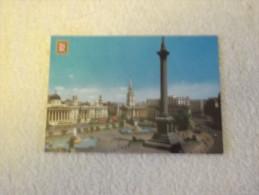 LONDRES PLACE DE TRAFALGAR ET MONUMENT A NELSON - Trafalgar Square