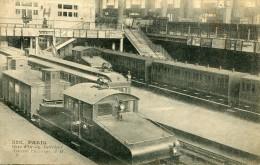 CPA 75   PARIS GARE D ORSAY INTERIEUR TRACTEUR ELECTRIQUE - Metro, Estaciones