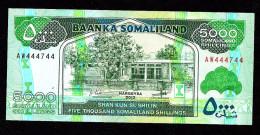 SOMALILAND : 5000 Shillings - 2012 - UNC - Billets