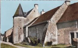 49-  VERNOIL LE FOURRIER   Le Prieuré - France