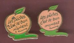 39989-lot De 2 Pin's Differents.Peches.Fruits. . - Food