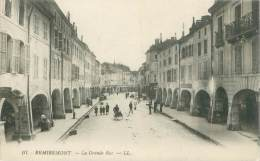 88 - REMIREMONT - La Grande Rue - Remiremont