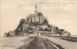 50 - Mont-St-Michel - Vue Prise De La Digue - Mount St. Michel (From The Dike) - Edition Spéciale De L'Abbaye / J. P. 1 - Le Mont Saint Michel