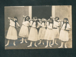 Carte Photo - Groupe Eleves (spectacle College  Jeunes Filles Cahors Photo Lahontaa Archives Famille Jamard Decazeville - Cahors