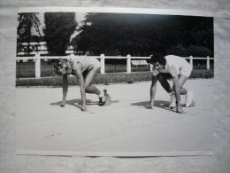 Photo De Presse TF1 Athlétisme Marie- Christine Debourse 1982  17.5 X 24 Cm  NB - Sports