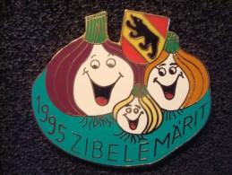 BERNE SUISSE . MARCHE AUX OIGNONS 1995 ; Pin's Numéroté 1081/1222 - Alimentation