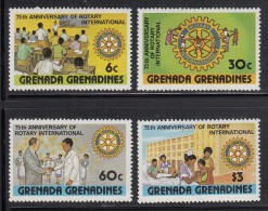Grenada Grenadines MNH Scott #373-#376 Set Of 4 Rotary International 75th Anniversary - Grenade (1974-...)