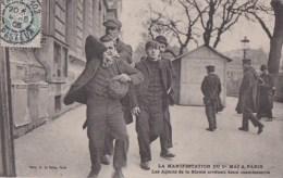 PARIS X� CASERNE du CHATEAU d� EAU Manifestations CGT 1er MAI 1906 journ�e 8 heures Agents de la Suret� Arrestation