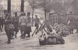 PARIS X� CASERNE du CHATEAU d� EAU Manifestations CGT 1er MAI 1906 journ�e 8 heures SOLDATS Troupes au repos