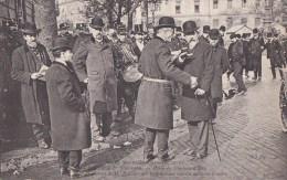 PARIS X� CHATEAU d� EAU Manifestations CGT 1er MAI 1906 journ�e 8 heures PREFET LEPINE et Mr BOUVIER service d' Ordre