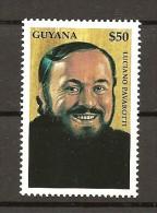 GUYANA - 2000 LUCIANO PAVAROTTI  Nuovo** - Chanteurs