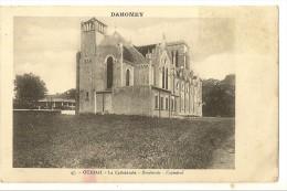 S1638 - 47 - Ouidah - La Cathédrale - Dahomey