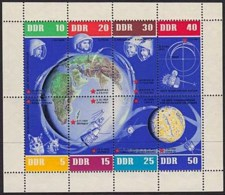 Germany**RUSSIA SPACE FLIGHTS-SHEET 8vals-1962-Cat 75$/55€-MNH-GAGARIN-DOGS - Belgium