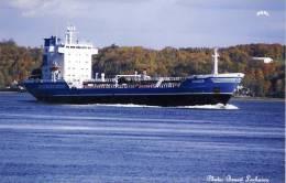 Oil Product Tanker Ship The DORSCH Near  Quebec City Canada - Pétroliers