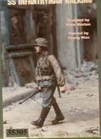 "- WARRIORS - Figurines "" SS Infantryman Walking  "" - 1/35°- Réf 35305 - Figurines"