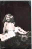 Jolie Fillette - Longs Cheveux Bouclés - Photo AL N° 3042/1 - 2 Scans - Scènes & Paysages