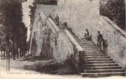 CPA Pithiviers Escalier De La Poterne (animée) E605 - Pithiviers