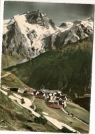 Paysage De Haute Montagne    Village De Haute Montagne - France