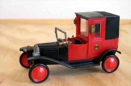 ASSEZ RARE MODELE REDUIT AUTOMOBILE MARQUE SAFIR TAXI CITREON 1924 N� 9 ARMOIRIES VILLE DE PARIS