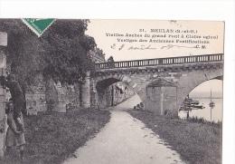 24240-2cpa- MEULAN, Vieilles Arches Pont, 31 CM- Ruines Chateau Comtes Propriete MDV 191? -enfant - Meulan