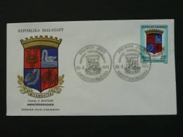 FDC Madagascar 1971 Armoiries Coat Of Arm - Briefe U. Dokumente