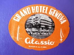 HOTEL ALBERGO PENSIONE CAMPING GENOVA ALASSIO ITALIA ITALY DECAL STICKER LUGGAGE LABEL ETIQUETTE AUFKLEBER - Adesivi Di Alberghi