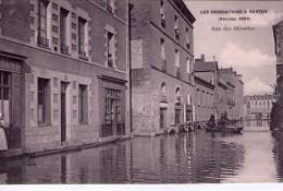 Nantes.. Animée.. Inondations De Février 1904.. Rue Des Olivettes.. Barque.. Commerces.. épicerie - Nantes