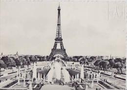 Paris- ** Belle Carte De 1962  ** Ed. Tour Eiffel    (voir Scan Pour Infos Sur La Carte) - Tour Eiffel